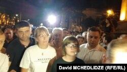 Сандра Рулофс с сыном Николозом Саакашвили на митинге