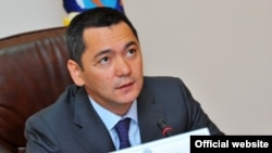 Омюрбек Бабанов, до 22 серпня прем'єр-міністр Киргизстану, архівне фото