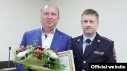 Алексей Соколов (справа)