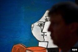 نمایشگاههای پیکاسو همواره میزبان جمعیت بزرگی از علاقهمندان به هنر است (در تصویر نمایشگاه آثار در نیویورک ۲۰۱۳)