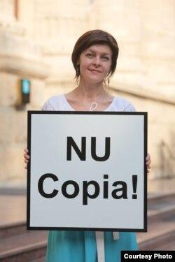 În campanie, cu Angela Stafii...