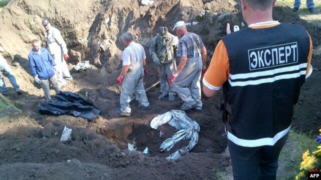 Массовое захоронение в Славянске