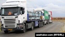 Türkmen-özbek serhediniň golaýynda