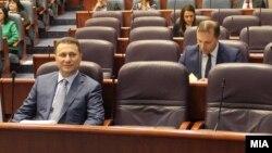 Архивска фотографија: Поранешниот премиер Никола Груевски и министерот за внатрешни работи Оливер Спасовски