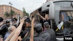 Acțiune a poliției la o adunare de masă a opoziției cu arestarea unuia dintre liderii acesteia, Serghei Udalțov