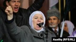 Фәүзия Бәйрәмова Хәтер көнендә чыгыш ясый. Казан, 13 октябрь 2012