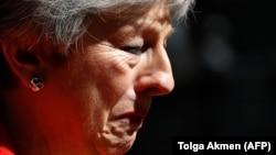 Premijerka ovaj put nije mogla zadržati masku bezemocionalne političarke