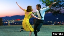 """La La Land"" kinofilminden bir pursat."