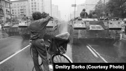 Танки у центрі Москви. 19 серпня 1991 року
