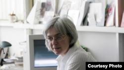 «Новая газета», где работала Анна Политковская, обещает продолжать расследование ее убийства