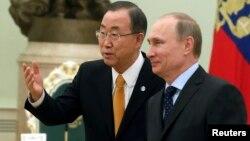 Генсекретар ООН Пан Ґі Мун і президент Росії Володимир Путін