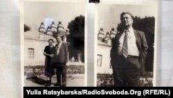 Олесь Гончар на тлі Новомосковського собору, 70-ті роки