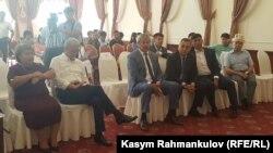 На церемонии подписания меморандума в Бишкеке. 9 сентября 2017 года.