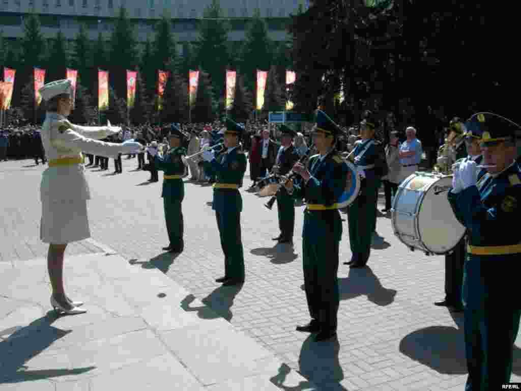 День Победы в Алматы #7