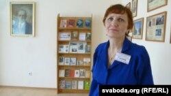 Загадчыца бібліятэкі Галіна Жмачынская