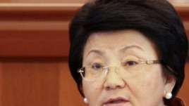 Kyrgyz President Roza Otunbaeva (file photo)