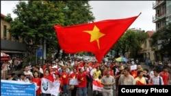 Вьетнам Коммунистик партия ҳукумронлиги давом этаётган давлатлардан биридир.