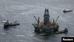АҚШ-тың теңіздегі мұнай ұңғылары. 23 шілде 2010 жыл. (Көрнекі сурет)