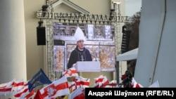 Арцыбіскуп Тадэвуш Кандрусевіч падчас выступу ў віленскім Катэдральным саборы