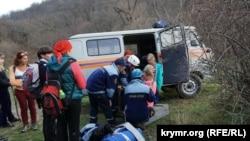 Иллюстративное фото: Спасработы в Крыму на склонах Демерджи
