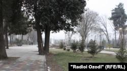 Душанбе баъд аз рӯзҳои сарди зимистон дар интизори баҳор