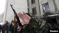 Серьезность, которую проявили сотрудники силовых структур при его задержании, вызвала у населения только вопросы