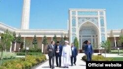 Өзбекстандын президенти Шавкат Мирзиёев Ташкент шаарында, 10-май, 2019-жыл.