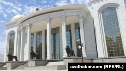 Turkmenistan. Central state library in Ashgabat. General view. July 13, 2014
