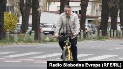 Цените на горивата на небо, велосипедите на улица