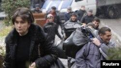 Ровно год назад ЕСПЧ признал Россию нарушителем Конвенции по правам человека за депортацию граждан Грузии. Суд обязал Тбилиси и Москву в течение 12 месяцев договориться о компенсации