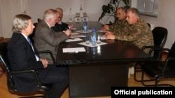 Nagorno-Karabakh - General Levon Mnatsakanian (R), the commander of the Karabakh Armenian army, meets with the U.S., Russian and French co-chairs of the OSCE Minsk Group, Stepanakert, 7Apr2016.