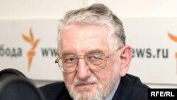 Виктор Шейнис