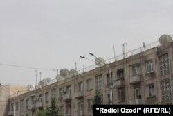 Яке аз биноҳо дар пойтахти Тоҷикистон.