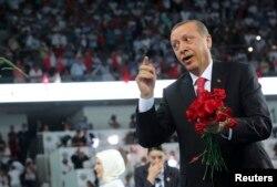 Лидер Турции Реджеп Эрдоган любим своим народом. Но далеко не всем