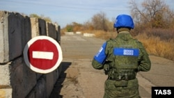 Представитель Совместного центра по контролю и координации режима прекращения огня. Село Золотое, 9 октября 2019