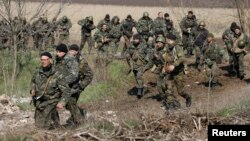 Українські вояки біля Краматорська під час антитерористичної операції