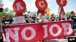 Proteste la Berlin împotriva şomajului printre tineri
