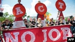 Демонстрация в Берлине против молодежной безработицы в Европе, 3 июля 2013 года