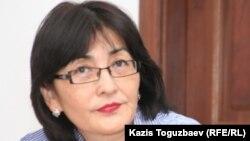 «Ар.Рух.Хақ» қоғамдық қорының жетекшісі Бақытжан Төреғожина. Алматы, 6 сәуір 2011 жыл.
