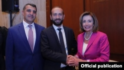 U.S. -- House Speaker Nancy Pelosi meets with Armenian parliament speaker Ararat Mirzoyan (C) in Washington, July 16, 2019.
