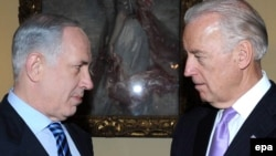 U.S. Vice President Joe Biden (right) and Israeli Prime Minister Binyamin Netanyahu (file photo)