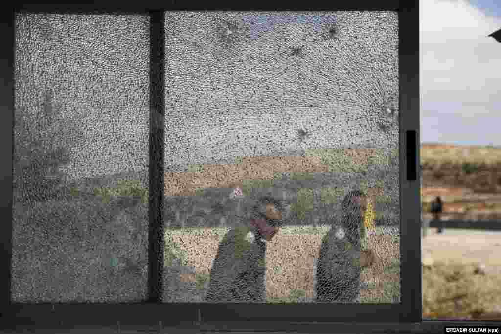 Пасьля страляніны ў габрэйскім паселішчы на Заходнім беразе ракі Ярдан. (epa-efe/Abir Sultan)