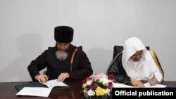 Муфтий Чечни Салах Межиев и генсек Всемирной исламской лиги Мухаммад аль-Иса