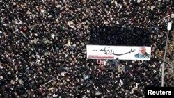 پیکر قاسم سلیمانی فرمانده پیشین نیروی قدس ایران، بهخاک سپرده شد