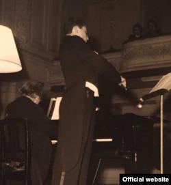 La recitalul din 1952