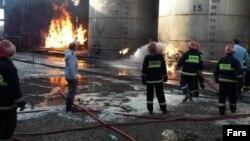 Iran--Fire at Kermanshah Petrochemical Company.