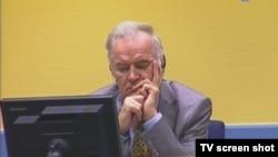 Ratko Mladić pred sudom u Hagu