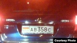 Maşină cu numere sud-osetine la Chişinău