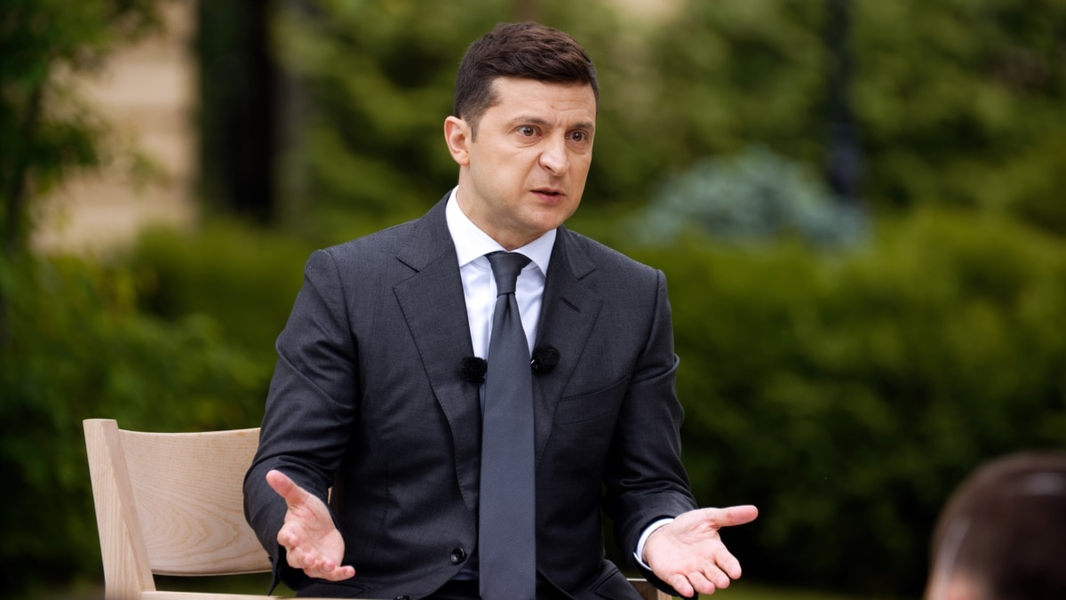 После расследования «Схем» Офис президента подтвердил, что Зеленский будет проживать на государственной даче в Конча-Заспе
