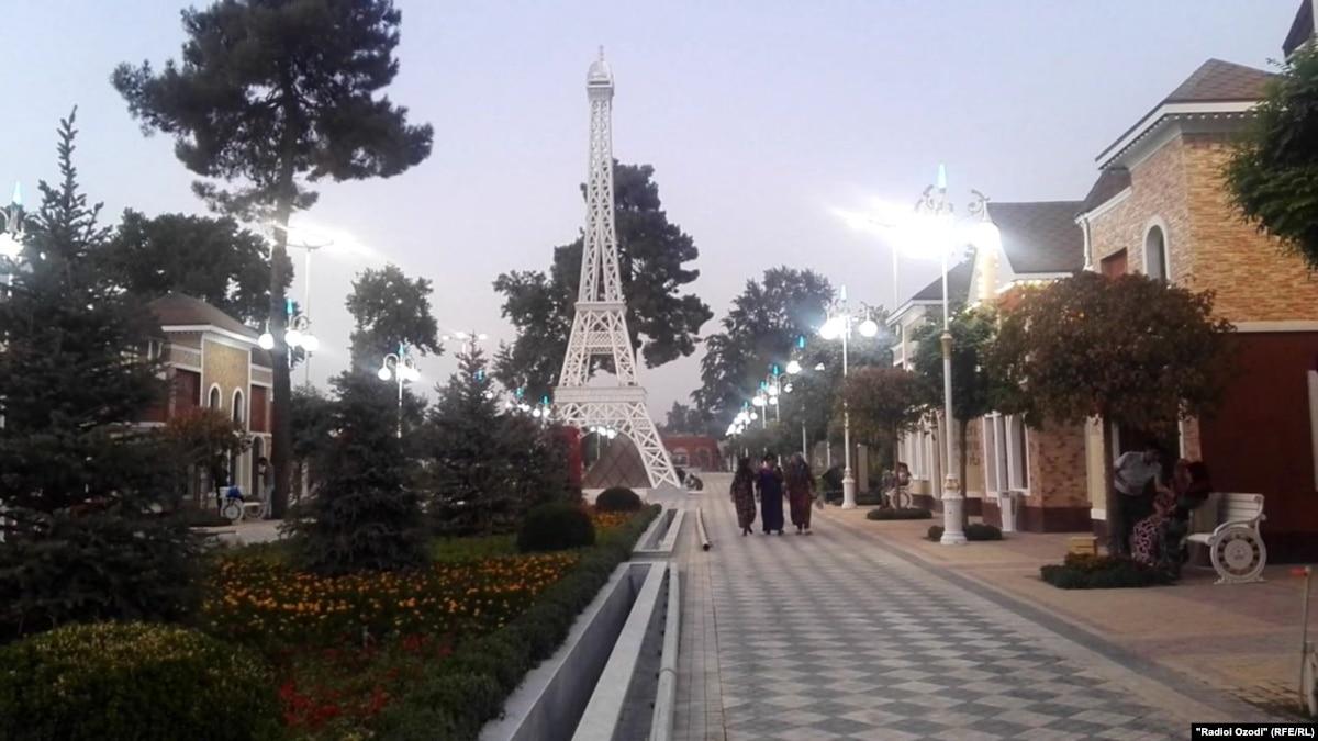 Tajiks Balk At Price Tag On Kitschy 'French' Theme Park